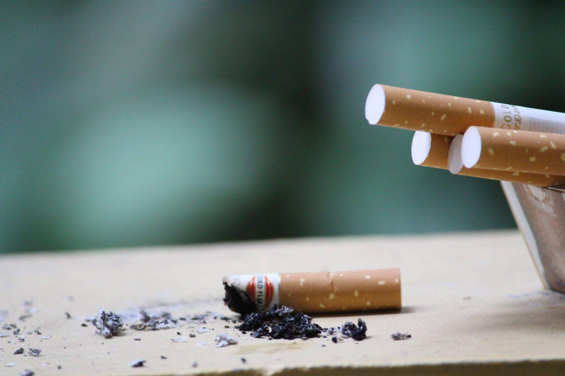 cigarette-recyclage-cendre-cendrier