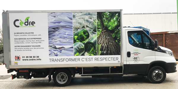 Camion de collecte et recyclage roulant au bio GNV