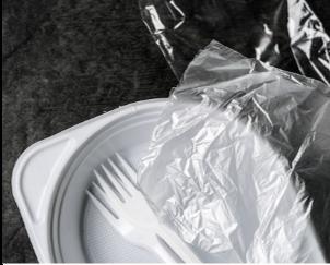 Recyclage assiettes plastique