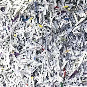 Déstruction de papiers confidentiels au bureau en entreprise