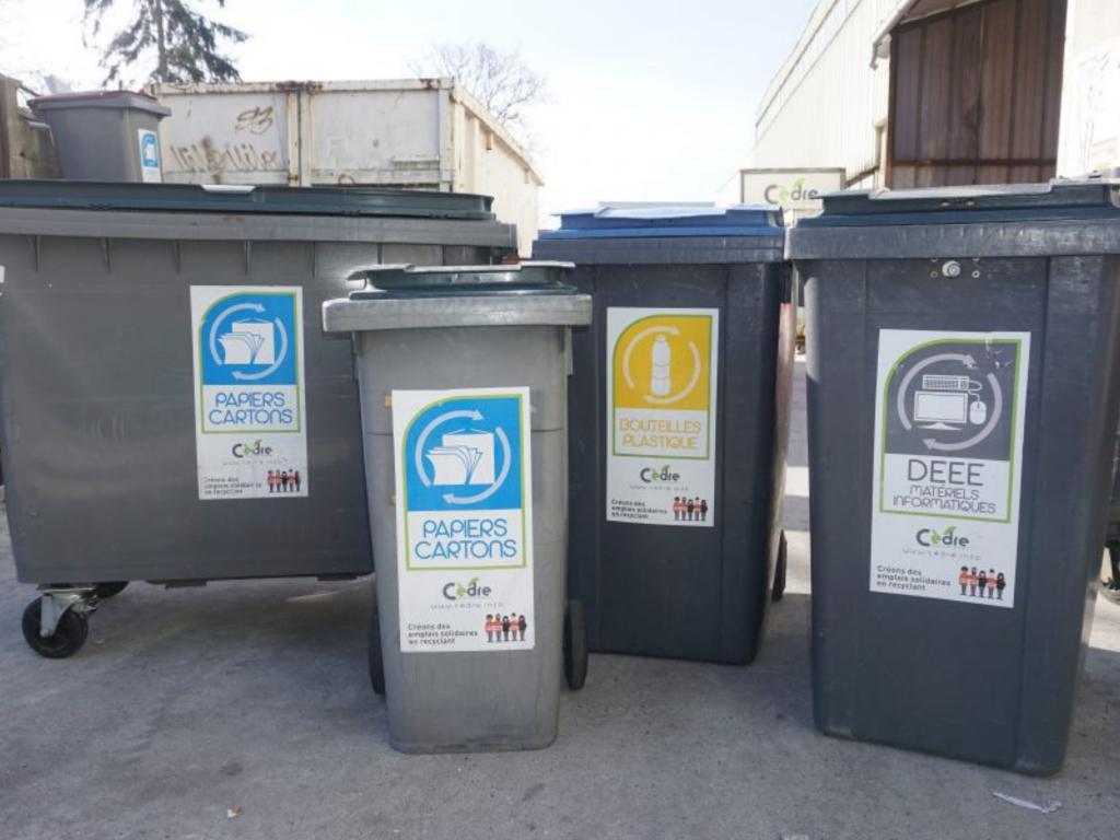 Bacs recyclage Cèdre contenant extérieur poubelle